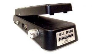 1712233-behringer-hell-babe-hb01-wah-wah-pedal-0