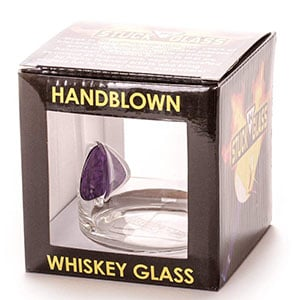Plectrum-Embedded Whiskey Glass